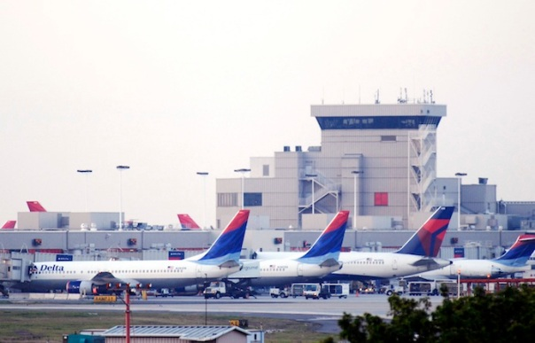 Delta And Northwest Airlines Announce Merger Agreement