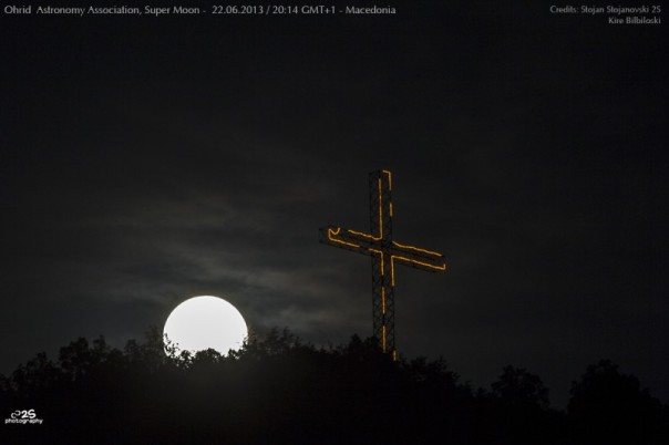 BiggestMoon2013-Stojan Stojanovski-supermoon-5485-800x533